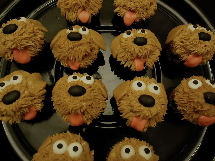 - Puppy cupcakes for my daughters 5th birthday Puppy Kitty Party  Instructions can be found on www.bitememore.com