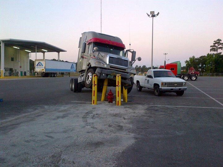Semi Weight Distribution : Best images about trucking gone wrong on pinterest