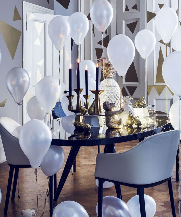 10 Breathtaking New Year's Eve Party Decoration Trends ...