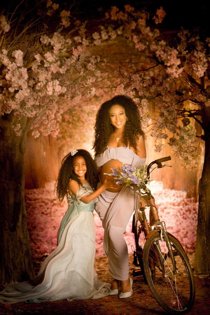 Grávida do segundo filho, Negra Li faz lindo ensaio fotográfico