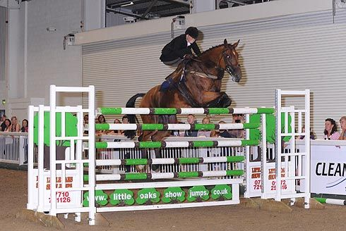 Michaela Bowling set a new British side saddle high jump record by clearing 6ft 3in at the The National Show at Aintree on Saturday 27 July.