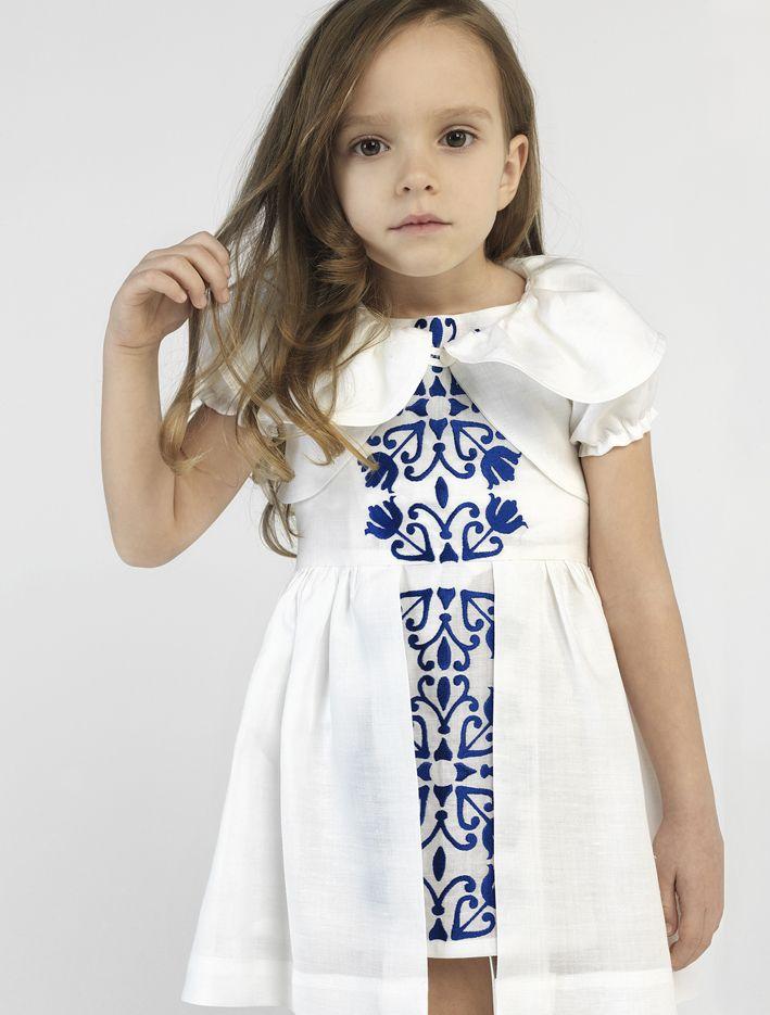 Λινο A' quality βαπτιστικό φόρεμα με κεντήματα στο χεράκι της DREAMWISH στο www.angelscouture.gr