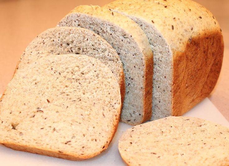 Rye bread, homemade with bread machine, light rye