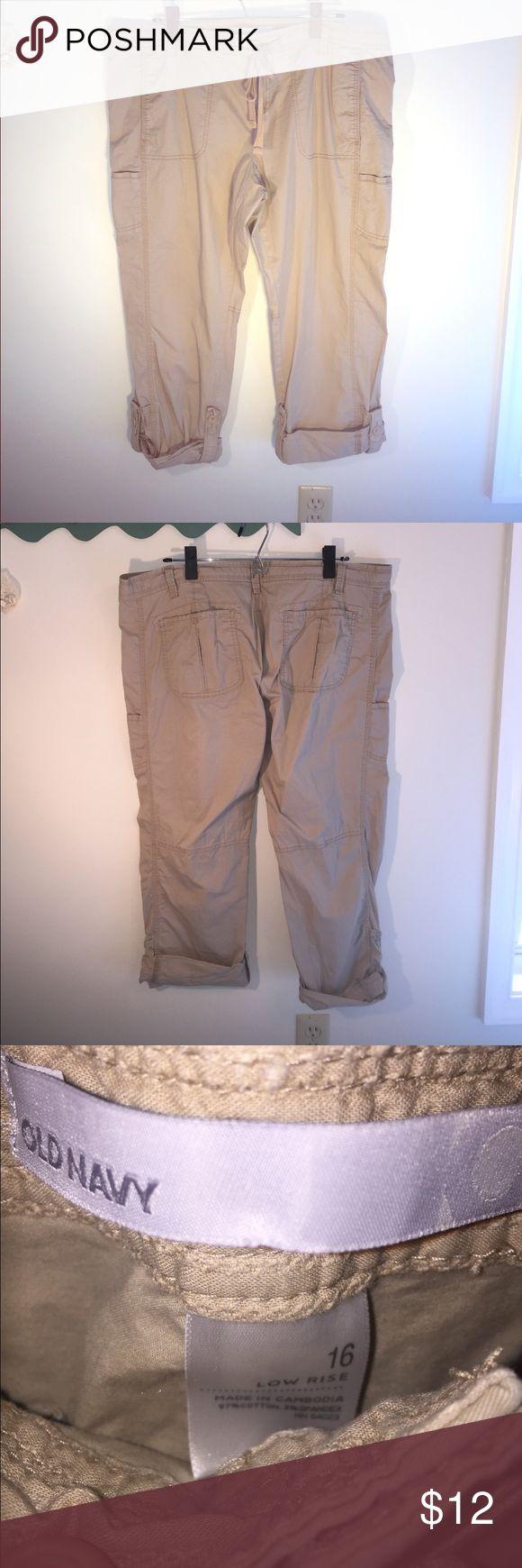 Old Navy Size 16 Low Rose Capri Pants Old Navy Size 16 Low Rose Capri Pants Old Navy Pants Capris