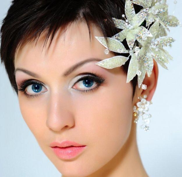 Модная свадебная прическа на короткие волосы ::: onelady.ru ::: #hair #hairs #hairstyle #hairstyles
