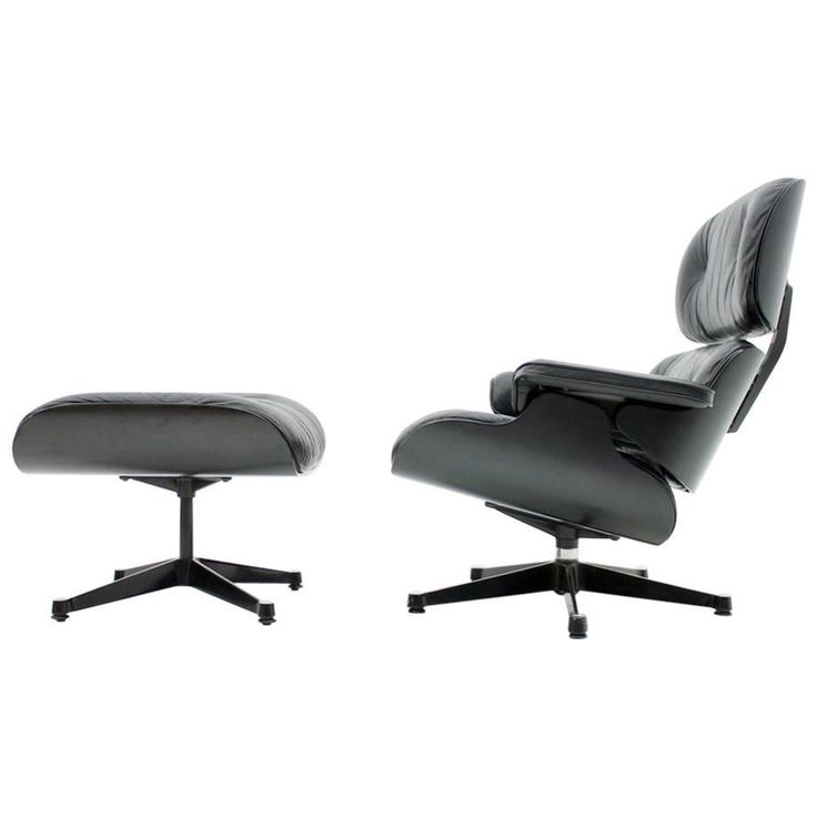 Charles Eames Lounge Chair with Ottoman Black / Black