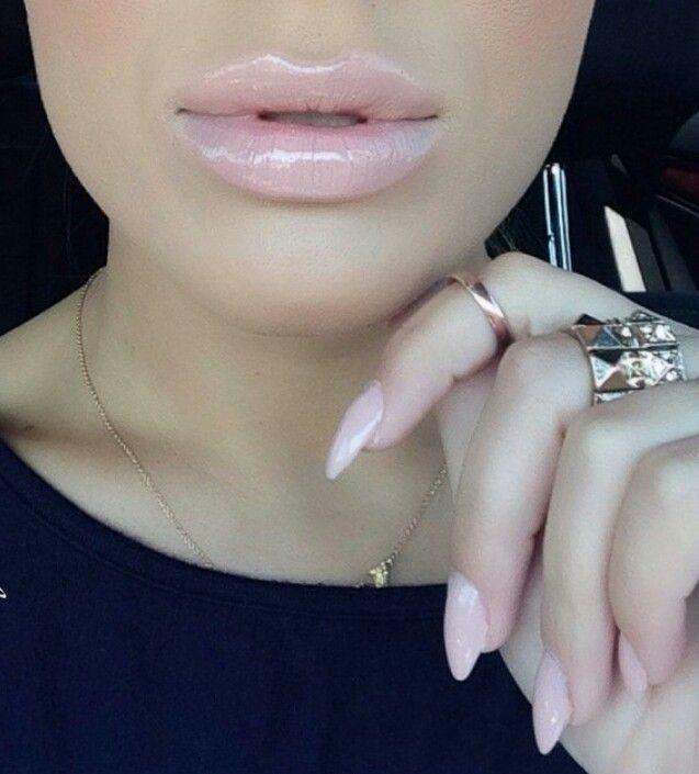 Snob lipstick & Snob lipglass MAC
