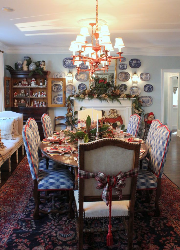 Mary And John Remodel Their 1980s Kitchen With A Fresh: 1000+ Ideas About Round Farmhouse Table On Pinterest