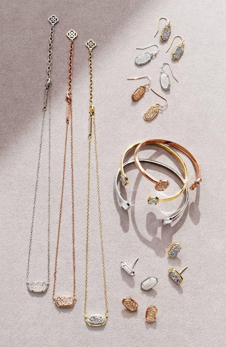Small in scale with a big dose of brightness, these genuine-stone earrings are a wildly versatile update on a Kendra Scott classic.