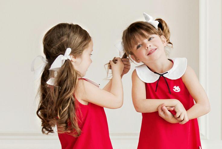 Girl's sleeveless red dress with Peter Pan collar #Minisize #SS14 #Spring #Summer #forGirls  Dress: http://www.minisize-sissychristidou.gr/el/girls/kokkiko-amaniko-forema.html