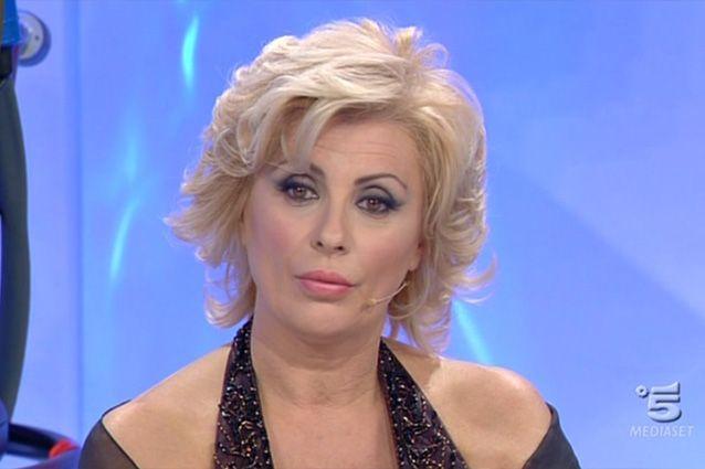 """Uomini e Donne, Tina Cippolari:""""Io e mio marito siamo una coppia felice"""""""