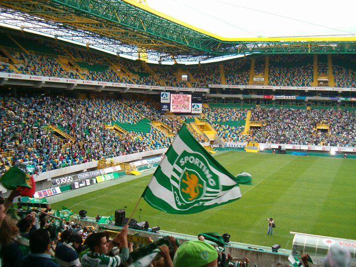 @Sporting O anterior Estádio José Alvalade foi inaugurado a 10 de Junho de 1954, na qual marcaram presença cerca de 50.095 pessoas, já com 5 estrelas da UEFA. Foi o primeiro estádio português a receber as 5 estrelas da UEFA. #9ine