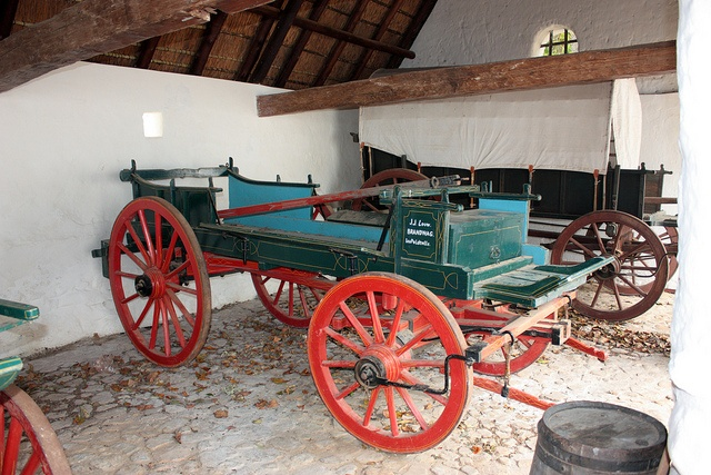 Historic Carriage, Groot Constantia, Cape Town by Kleinz1, via Flickr, this is what we use to drive 8 vlaamhorses