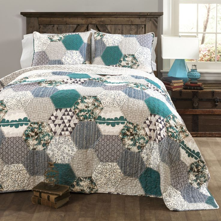 http://www.phomz.com/category/King-Size-Comforter-Set/ Special Edition by Lush Decor Briley 3 Piece Quilt Set More