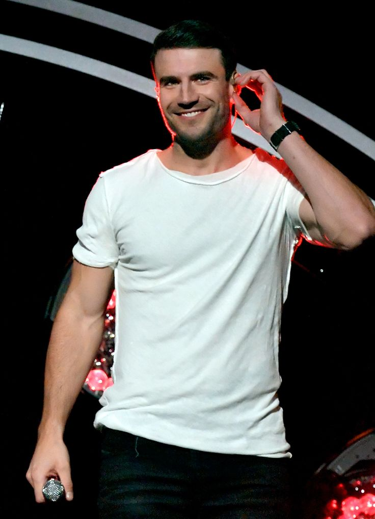All the best snaps from sam hunt and carrie underwood 39 s for Country duets male and female songs