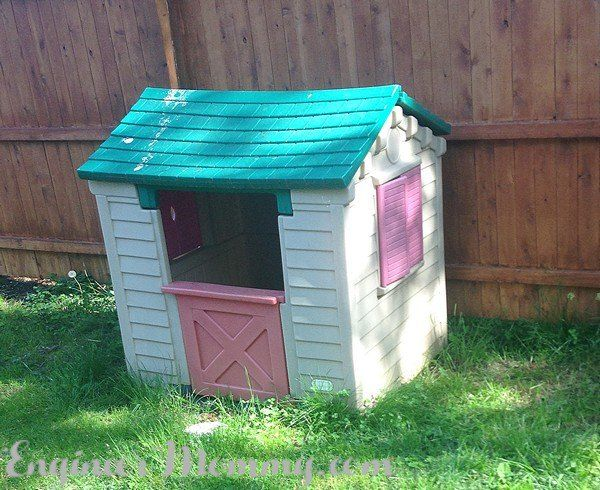 17 best ideas about little tikes playhouse on pinterest for Little tikes house