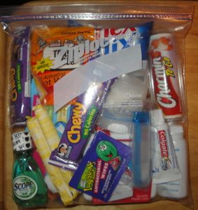 Blessing Bag- For the Homeless I love this idea! I'm going to make up some to keep in my car!