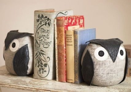 RSPB owl book ends - more charity Christmas gifts for book-lovers at http://www.charitychoice.co.uk/blog/charity-christmas-gifts-for-book-lovers/115 @Rhonda Power