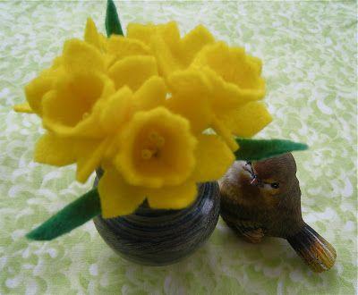 Judy Hartman : Felt Daffodil Tutorial
