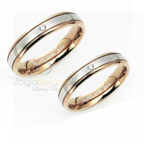 Anda masih juga belum memutuskan pilihan cincin pernikahan? Tidak perlu risau, kami selalu menghadirkan koleksi terbaru cincin pernikahan dengan berbagai bahan. Salah satunya yaitu seri Cincin Pernikahan Edra yang terbuat dari perak 925. Desainnya yang minimalis diserasikan dengan finishing kilap dan pemasangan batu zircon putih sehinga cincin tampil elegan. Tunggu apa lagi, hubungi kami untuk...  Read more »