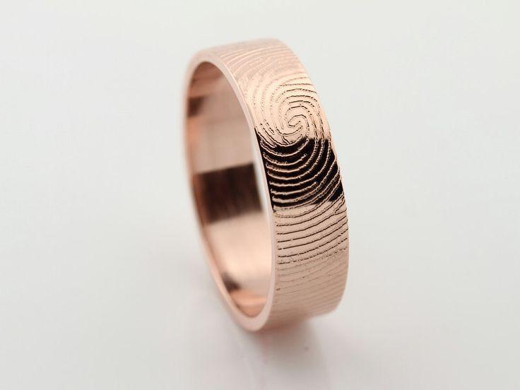 alianza de boda en oro rosa con huella dactilar