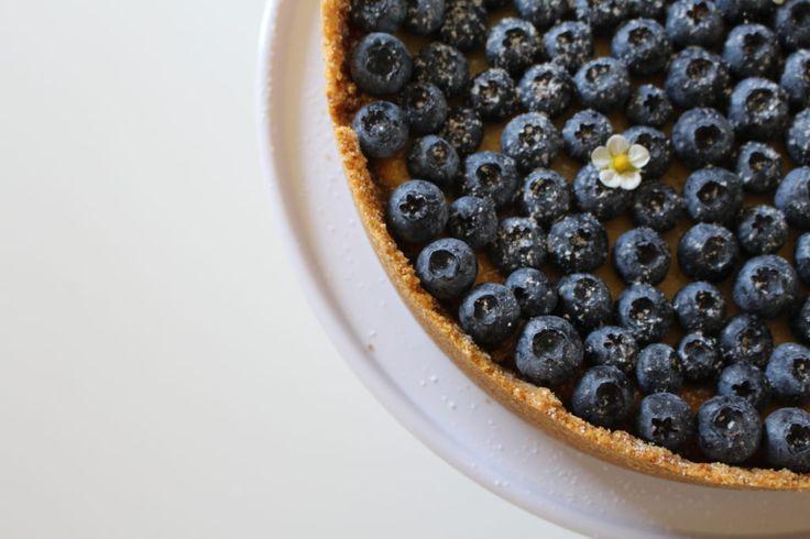 Cheesecake med blåbær og hvidchokolade