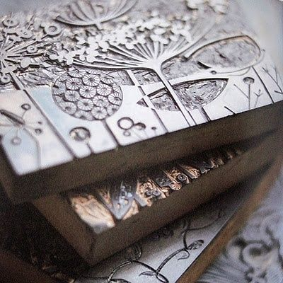 pillipilli:  print blocks for nature prints of seed heads - angie lewin