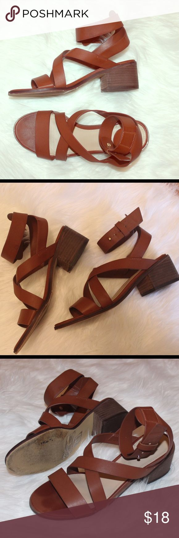 FREE SHIP Low Chunky Heel Sandals chestnut color, worn barely but in amazing condition see pictures ✨ Forever 21 Shoes Sandals