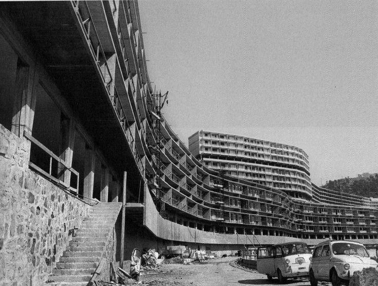 INA casa Forte Quezzi. L. C. Daneri e E. Fuselli. Genova, 1956-68 Architecture of Doom
