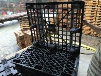 Used Plastic Pallets - Used 40x48 Plastic Pallets, Mix of Nesting and with Runners