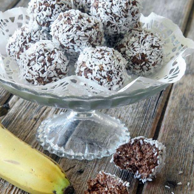 Cukor- és lisztmentes édességre vágysz? Ennél egyszerűbbet nehezen fogsz találni. Isteni finom és egészséges nasit mutatunk.