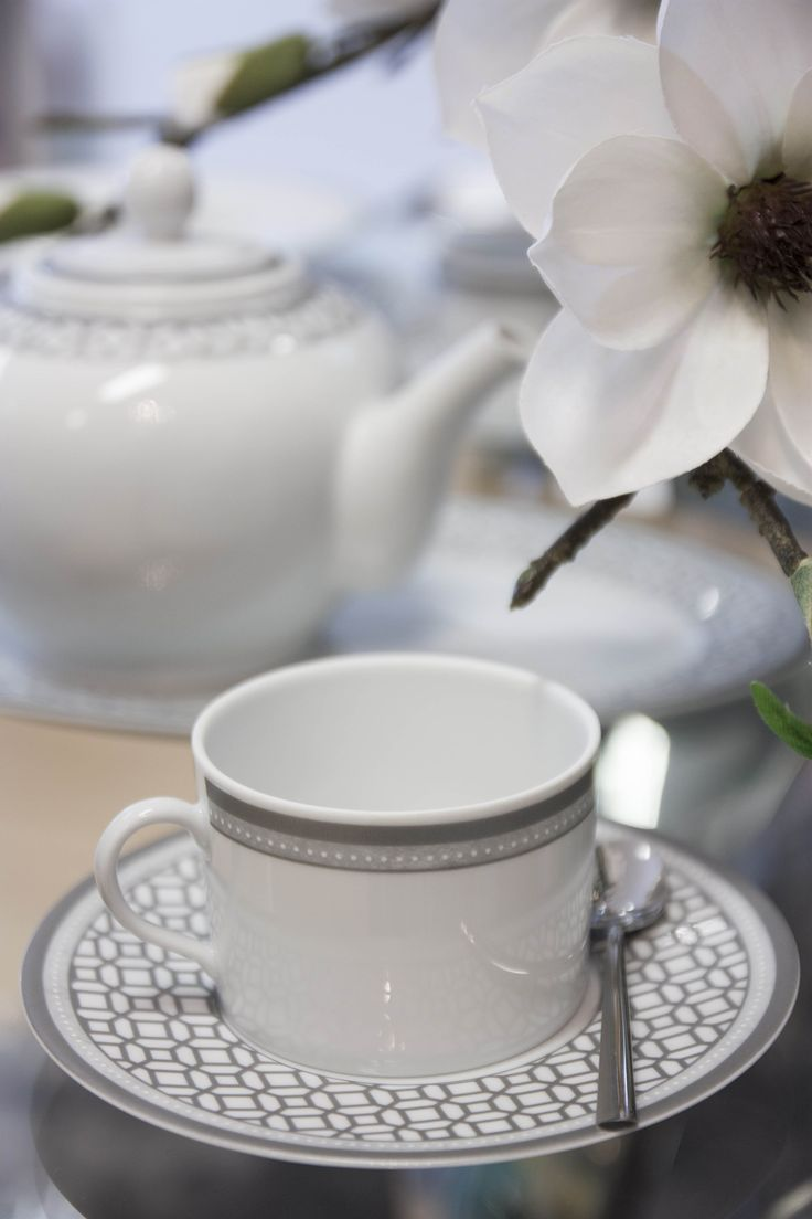 """Victoire"" Porcelain #PureLiving #GreenApple #GAhomestyle #homestyle #LimogesPaste #Porcelain #TableWare"