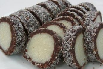 """Кокосовый рулет """"Раффаэлло"""" – десерт, который поселится в вашем доме навсегда!"""
