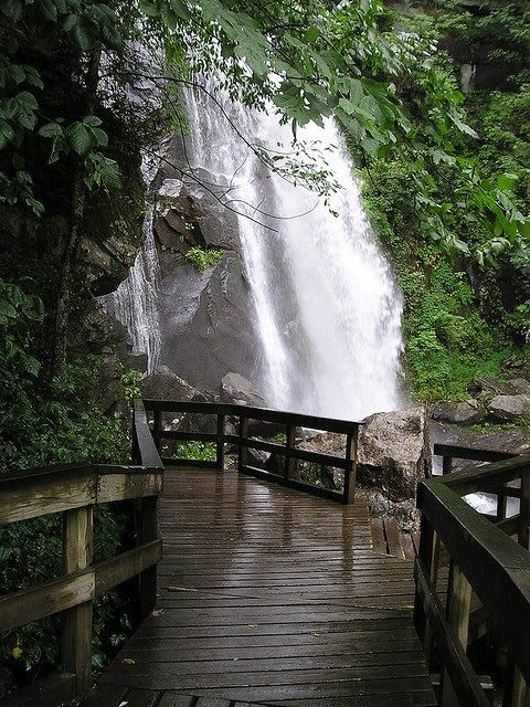High Shoals Trail, South Mountains State Park, North ...