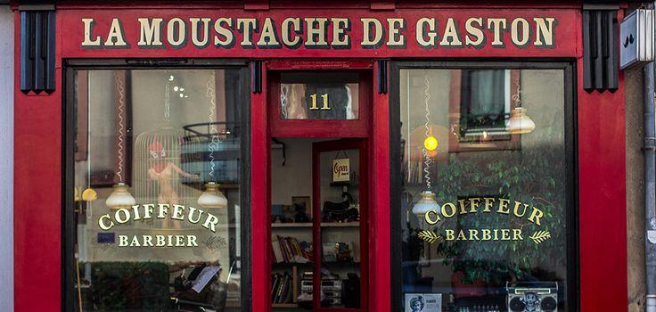 Les 20 meilleures id es de la cat gorie enseigne de coiffeur sur pinterest salon de barbier - Barbier salon de provence ...
