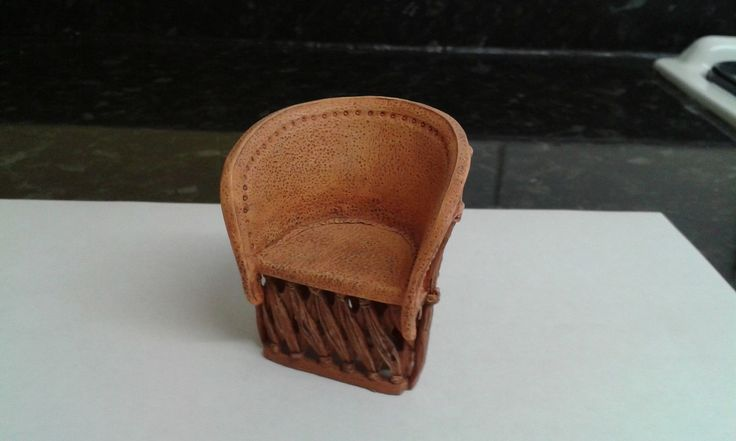 12TH SCALE DOLLS HOUSE RAINE LEATHER LOOK CHAIR | eBay