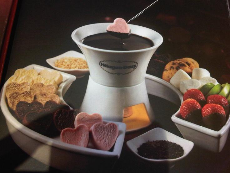 Very romantic ice cream choco fondue