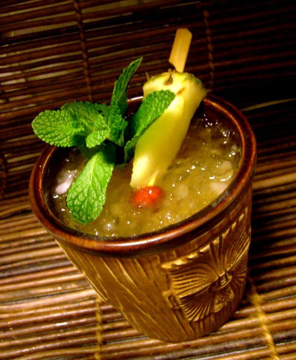 I Cocktails: SPICED CARIBBEAN PUNCH