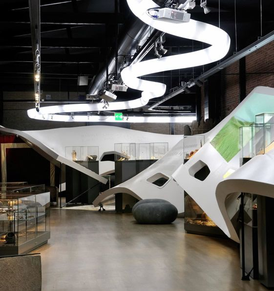 Archaeology of the Netherlands Zaha Hadid inspired architectural museum installation... Architecture January 25th, 2011 Clearly inspired by Zaha Hadid's famous fluid architectural forms, Maarten Meevis of Dutch architects, Kinkorn , has conceived a breath-taking installation for a new…