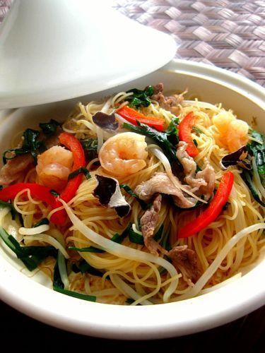 タジン鍋で蒸しビーフン by saeさん   レシピブログ - 料理ブログの ...