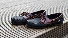 Non c'è niente di più scomodo di un paio di scarpe strette: se non vuoi o non puoi affidarti ad un calzolaio, prova dei piccoli rimedi fai da te per allargarle e indossarle senza soffrire.
