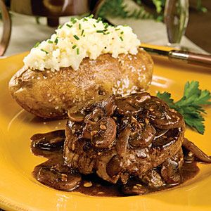 Beef Fillets with Burgundy Mushroom Sauce