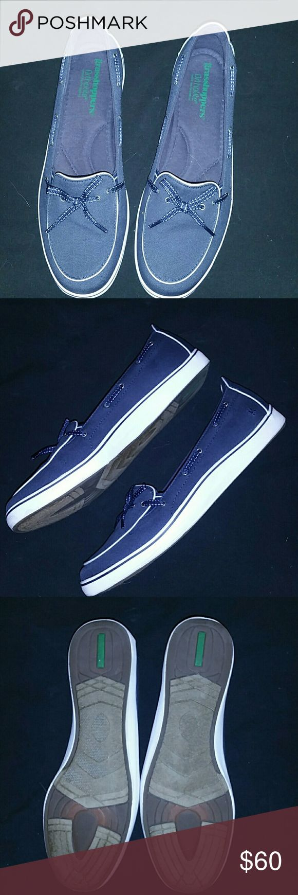 Grasshoppers navy/white boat shoes New in box, never worn navy boat shoes Grasshoppers Shoes Athletic Shoes