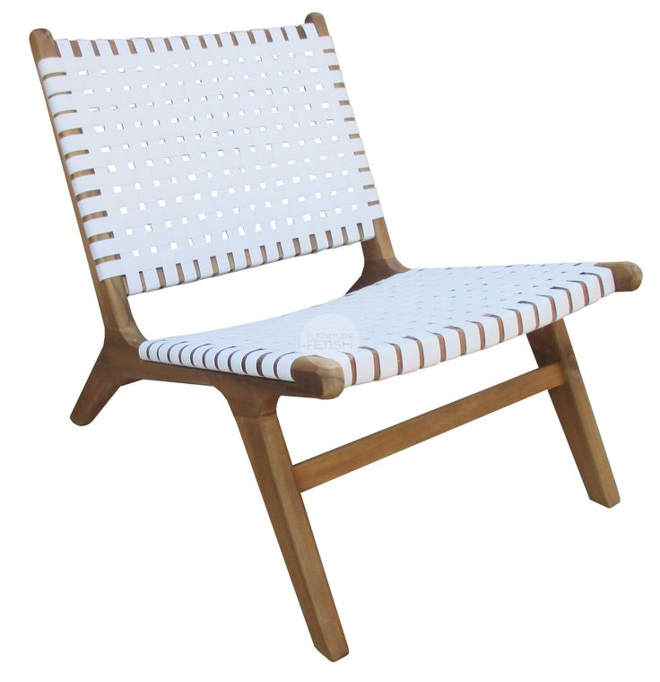 Replica Jens Risom Style Lounge Chair - Indoor/Outdoor chair - Solid Acacia Wood Frame / White Wicker
