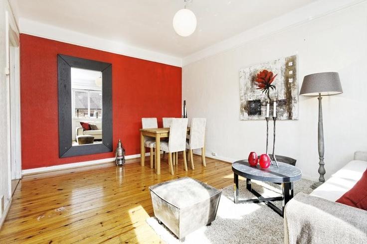 #livingroom #mirror #diningarea #diningtable #interiordesign #Nittedalgata16 #Kampen #Oslo #Norway #red #black #white