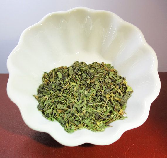 Organic Green Tea Blend.  Full Flavor Loose Leaf by CamilleLaLune