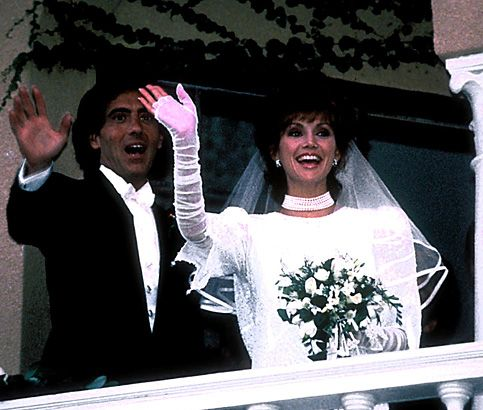 Beverly Hills plastic surgeon Dr. Harry Glassman was married to actress Victoria Principal 1985-2006.