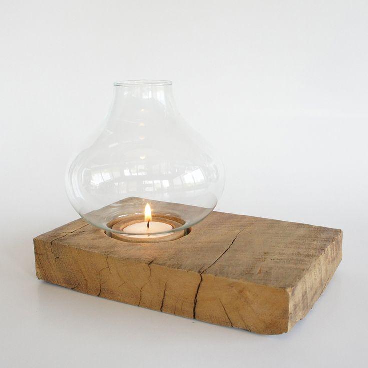 Porta velas con madera reciclada Candle Holders block big. A partir de maderas recicladas diseñamos este portavelas recordando el antiguo Quinqué