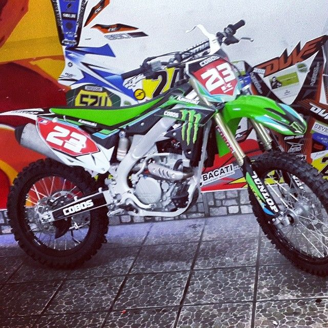 #diseño #kawasaki #motos #ploteo #calcos #stikers #motocross #vinilo #tucuman
