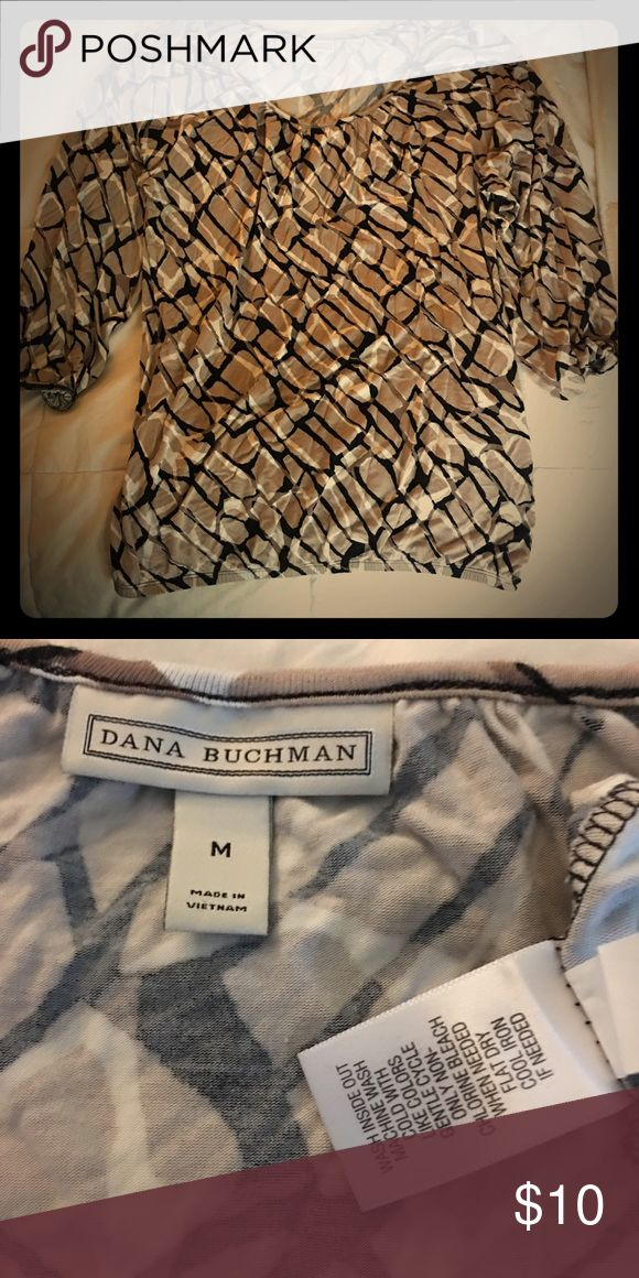 Dana Buchman Blouse (Tan/Black/White Print) This fun comfortable blouse travels very well roll it up put your suitcase go-go go to Jamaica. It's a medium size but very forgiving. Dana Buchman Tops Blouses